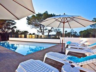 CAP DE SA SERRA: Free Wifi, private pool and first sea line
