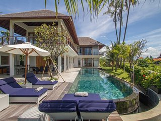 Beachfront, Exceptional Surfers & Family Paradise - Cool Bali Villas