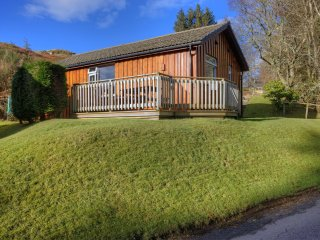 ASH LODGE, pet friendly, wi-fi, Sky TV. Ref: 972692