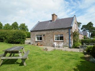 WILD ROSE COTTAGE,WiFi, in Jedburgh,Ref 972447