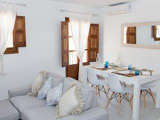 Luminoso y acogedor apartamento a 1 minuto de la playa de TOSSA