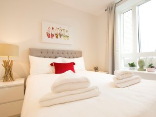 Deluxe Two-Bedroom Apartment Kew Gardens/Chiswick