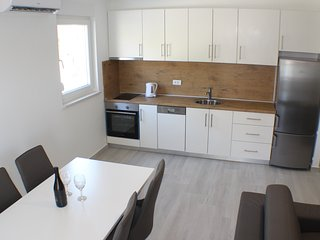 Promajna Apartment Danica (2+2) 1. floor