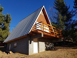 Chalet with 2 bedrooms in Allos, with furnished garden - 3 km from the slopes