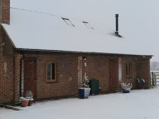 Butterpot Cottage, Swedish Hot Tub, Ashbourne, Derbyshire