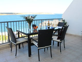 New Seaview Penthouse Amazing Ocean Views Sun Terraces BBQ  Wifi