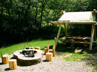 42859 Log Cabin in Hay-on-Wye