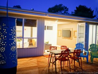 The Dolphin Cottage - 250m to Rye Bay Beach