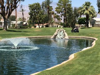 Palm Springs - gated senior community with amenities