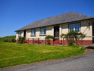 A132C Cottage in Ballantrae