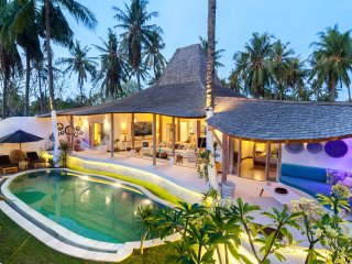 4-Bedrooms private villa with swimming pool just few step away from sandy beach