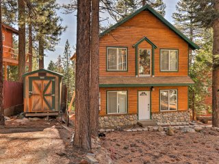 North Lake Tahoe Cabin w/Decks - 5 Min. to Beach!