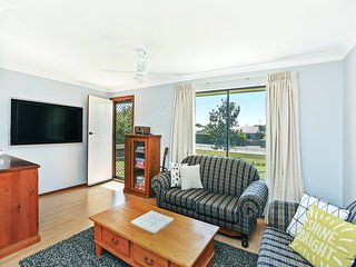 91 Beach Road - Flat Walk to Goolwa Central and the Beach
