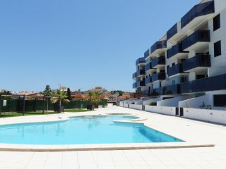Two bedroom apartment for 5 people with pool.