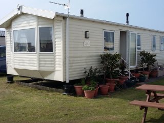 Willerby Rio Premier caravan at Haven Perran Sands with two WCs, CH, DG and more
