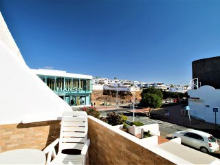 Rosita Apartment in Puerto del Carmen 100 mts from Playa Grande