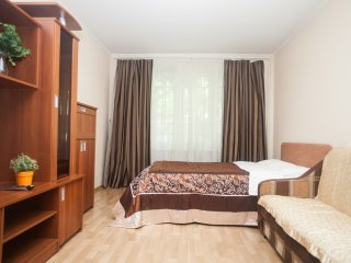 1-room apt. at Pereyaslavskaya (137)