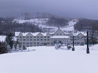 7 night Christmas week Wyndham Bentley Brook 2 bdr condo Slopeside