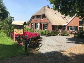 Gastenverblijf Maarkels Mooiste  een nostalgische Twentse boerderij