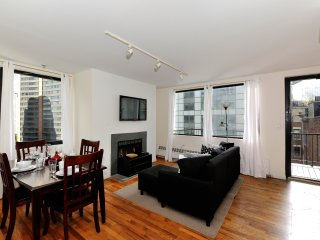 Freedom Tower Delight #1 - Three Bedroom Apartment - Apartment