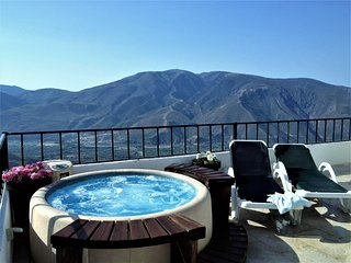 Alpujarra Escape - Casa Rif. Contemporary townhouse with panoramic views...
