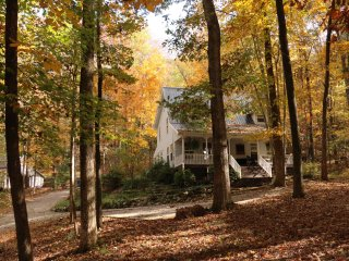 Oakleaf Cottage, 27 Quiet Acres Near Chattanooga