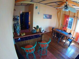 Maroa House  Ocean View 2 Bedroom Apartment