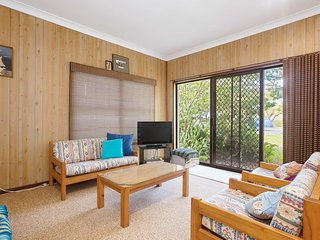'The Beach Shack', 28 Shoal Bay Road - fantastic original beach house that allow