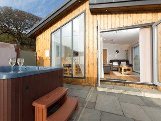 RASC3 Log Cabin in Castle Doug