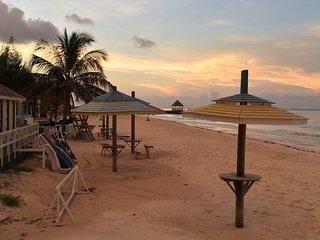 Dream Villa steps away to the silver sands beach