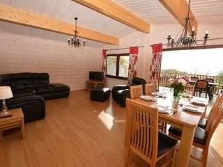 41152 Log Cabin in Rhayader