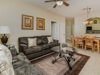 2306SPD-103. Newly Renovated 3 Bedroom Condo Located In Windsor Palms Resort