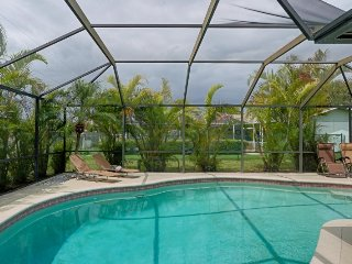 Boca Vacation home with south facing pool electric heated 3 beds 2 baths