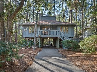 Lovely 3 br cottage in popular Inlet Cove community!