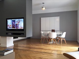 Kolonaki Boutique - OMR 3rd apartment in Kolonaki with WiFi, integrated air cond