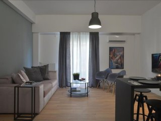 Olympic Stadium Black apartment in Pangrati with WiFi, integrated air conditioni