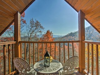 Above & Beyond Pigeon Forge Cabin w/ Prime Views!