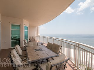 Legacy Condo near Beach & Casinos w/ WiFi, Resort Pools & Gym Access