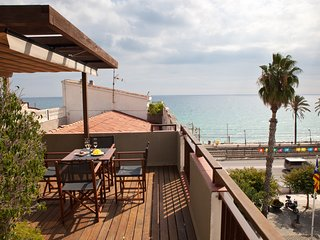 Duplex with views to the sea -la-Plaça