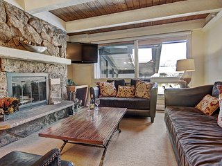 Modern 2Br Condo in the Heart of Vail, Short Walk to Gondola