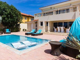 NEW! Villa Acqualina UPSCALE LUXURY 3BR villa n/ beaches hotels golf