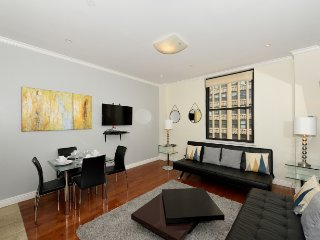 Madison Square Garden Executive #3 - One Bedroom Apartment - Apartment