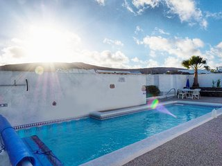 Rural House Los Patios with private swimming pool and free wifi