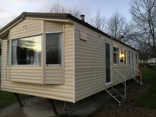 8 Berth Caravan - Tattershall Lakes Country Park