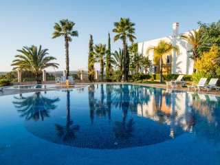 Townhouse | Swimming pool | Tennis | Close to Praia da Rocha