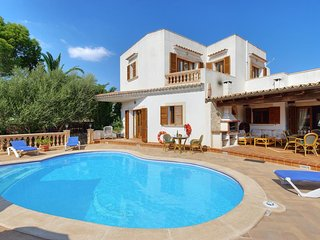 5 bedroom Villa in Cala d'Or, Balearic Islands, Spain : ref 5334581