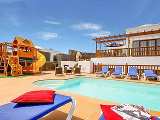 5 bedroom Villa in Playa Blanca, Canary Islands, Spain : ref 5489272