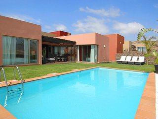 2 bedroom Villa in El Salobre, Canary Islands, Spain - 5334233