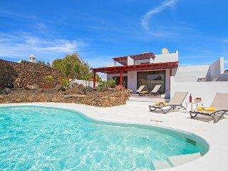 3 bedroom Villa in Puerto del Carmen, Canary Islands, Spain : ref 5693145