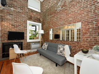 Charming 3Bed Apt at Midtown West